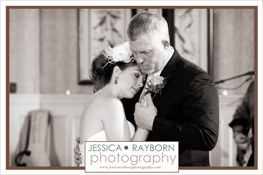 Barnsley_Garden_Rustic_Wedding_Jessica_Rayborn_Photography_10019
